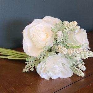 Other - Faux Floral Bouquet
